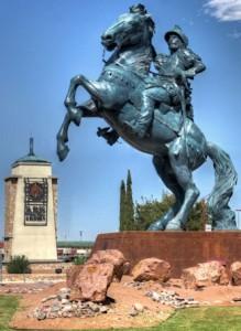 statue in el paso